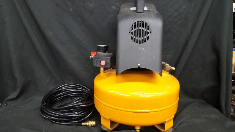 BOSTITCH Air Compressor CAP60PB-0F