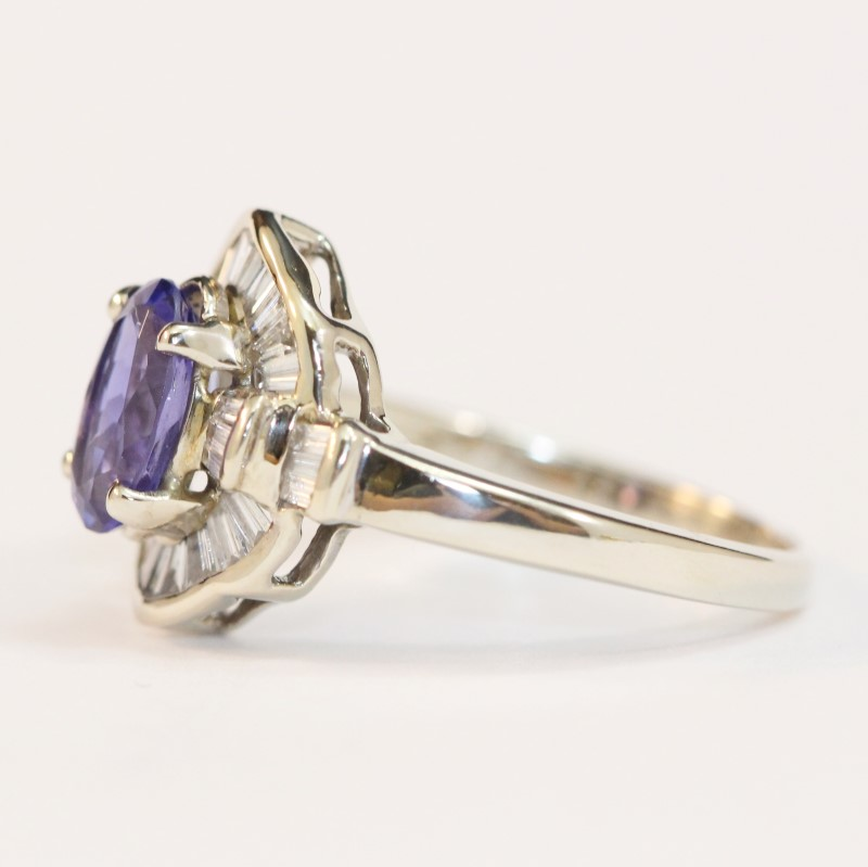 14K White Gold Oval Cut Tanzanite and Multi Diamond Ring Size 8