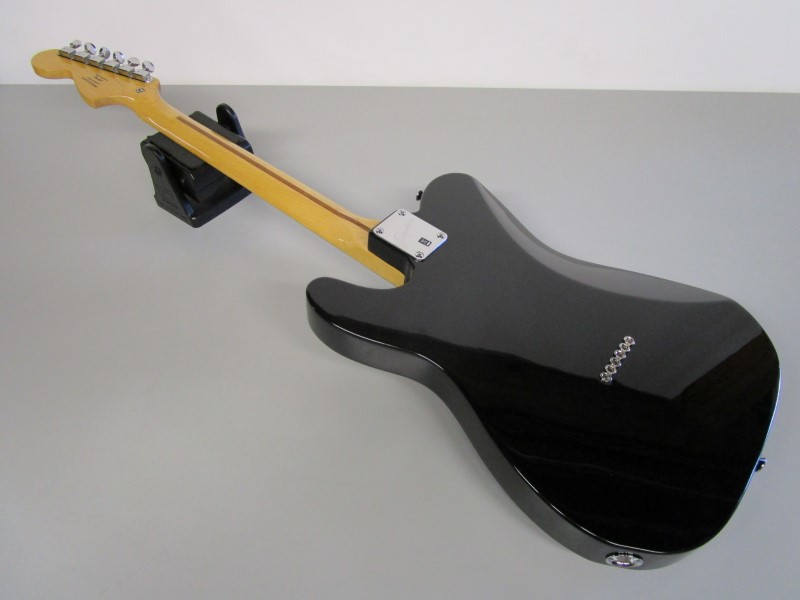 SQUIER BY FENDER TELECASTER DELUXE, BLACK