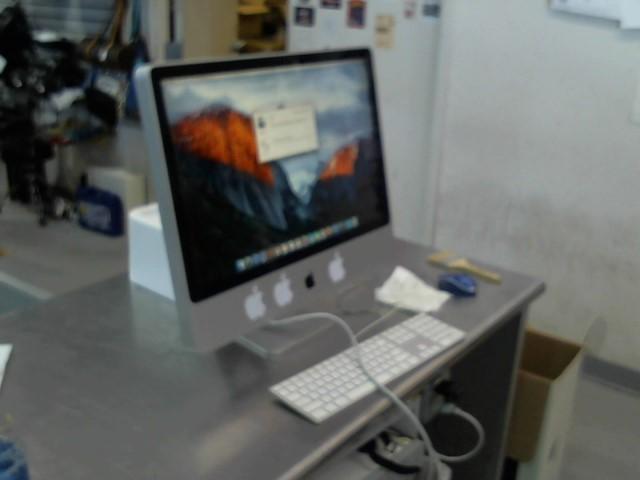 APPLE PC Desktop IMAC MB417LL/A