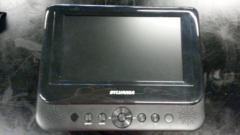 SYLVANIA Portable DVD Player SDVD8741
