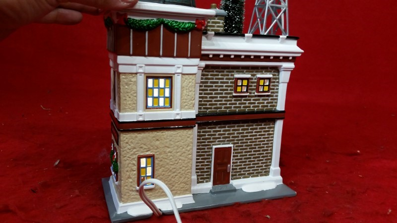 Department 56 Snow Village KBRR TV 55337 Retired