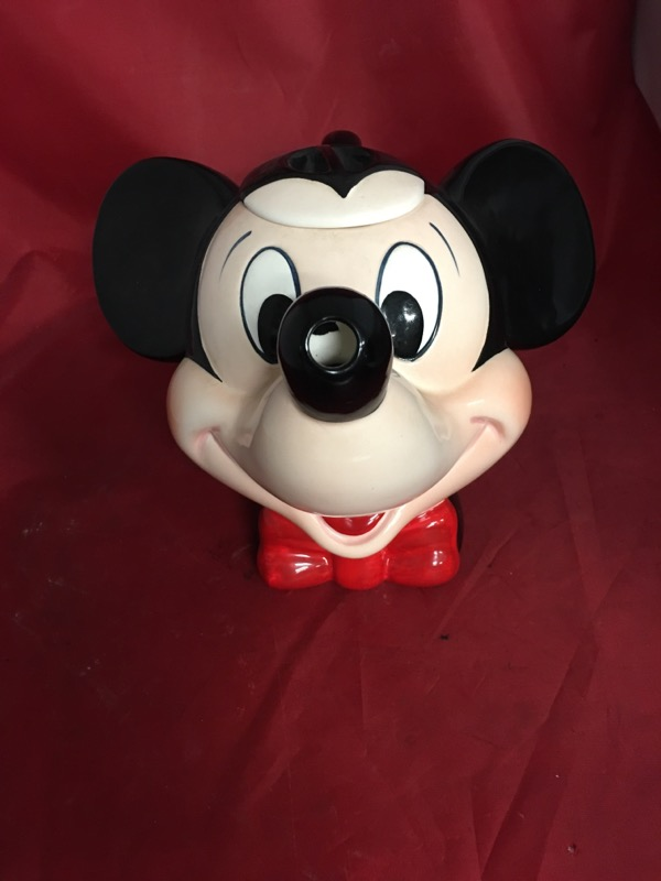DISNEY Collectible Plate/Figurine MICKEY TEAPOT