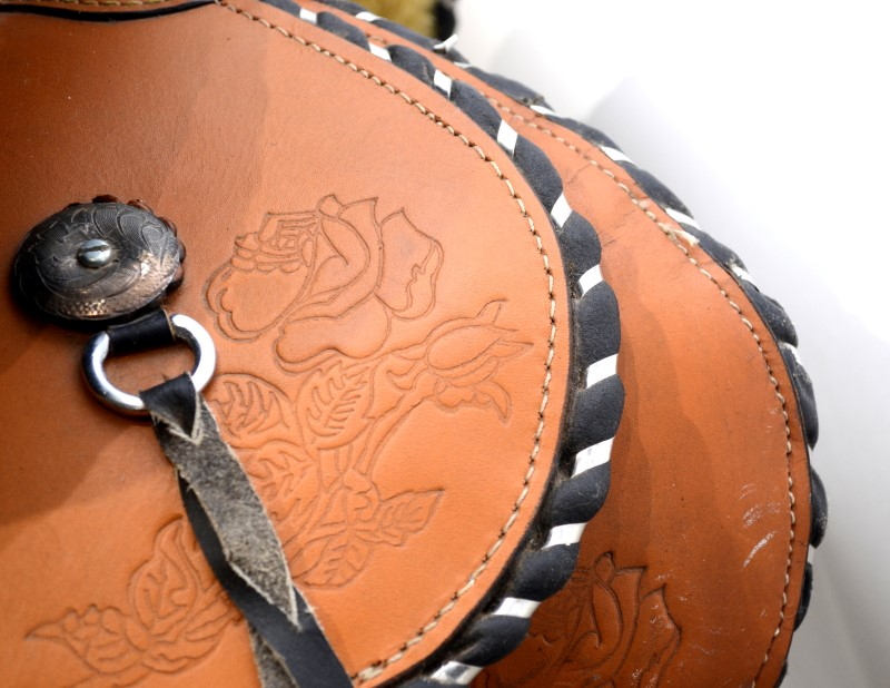 "Custom 15"" Tan Western Horse Trail/Show Saddle W/ Cinch (&)"