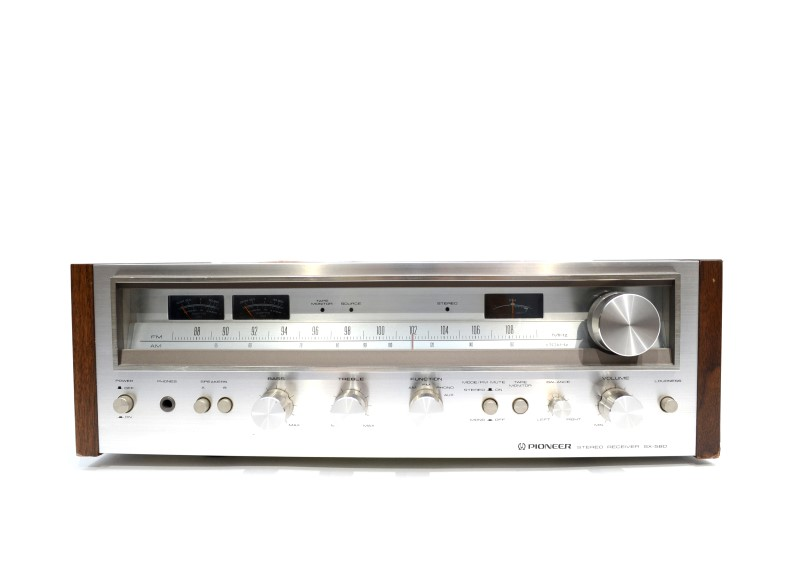 Pioneer SX-580 Vintage Stereo Receiver *AS-IS No Loudness Function*