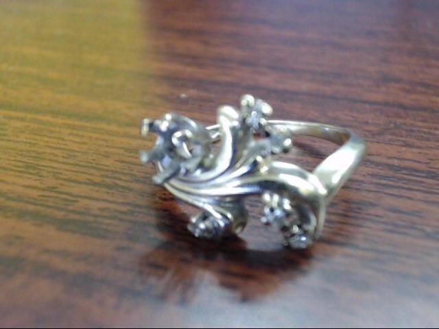 Lady's Diamond Cluster Ring 6 Diamonds .30 Carat T.W. 14K White Gold 3.6g