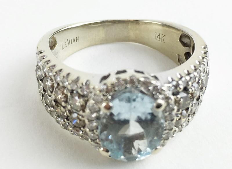 Aquamarine & Diamond Ring 74 Diamonds 1.06 Carat T.W.