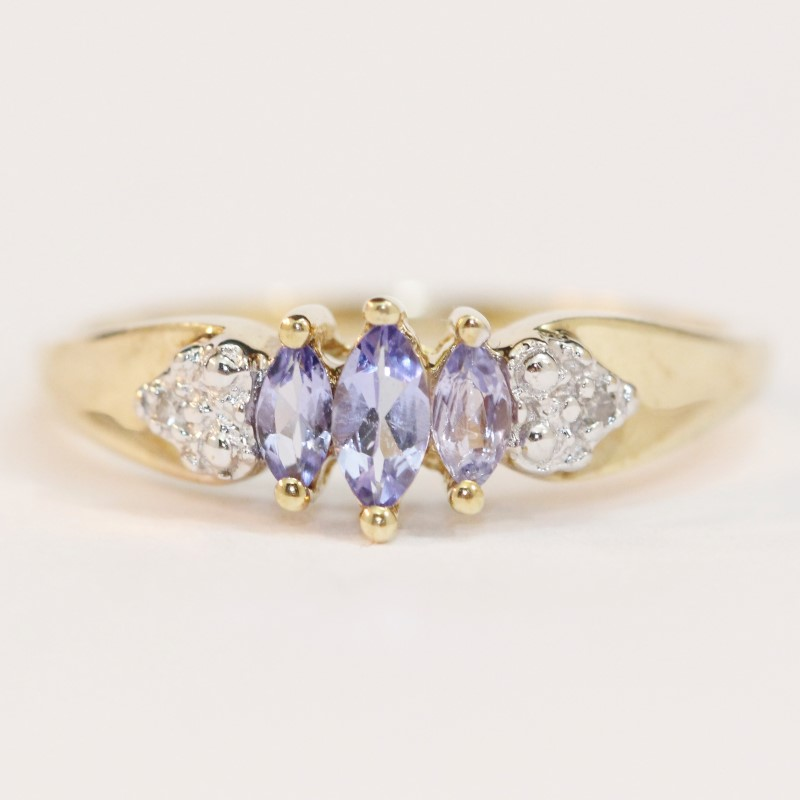 10K Yellow Gold Marquise Cut Iolite Ring Size 7