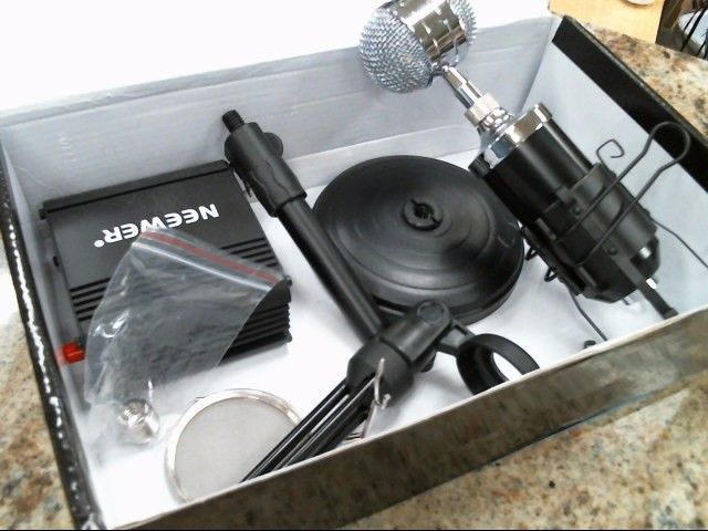 NEEWER Vintage Electronic Part/Accessory STUDIO MICROPHONE