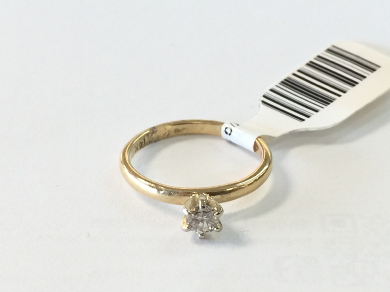 Y/G Lady's Diamond Solitaire Ring .10CT SOL .10 CT. 14K Yellow Gold 1dwt Size:5