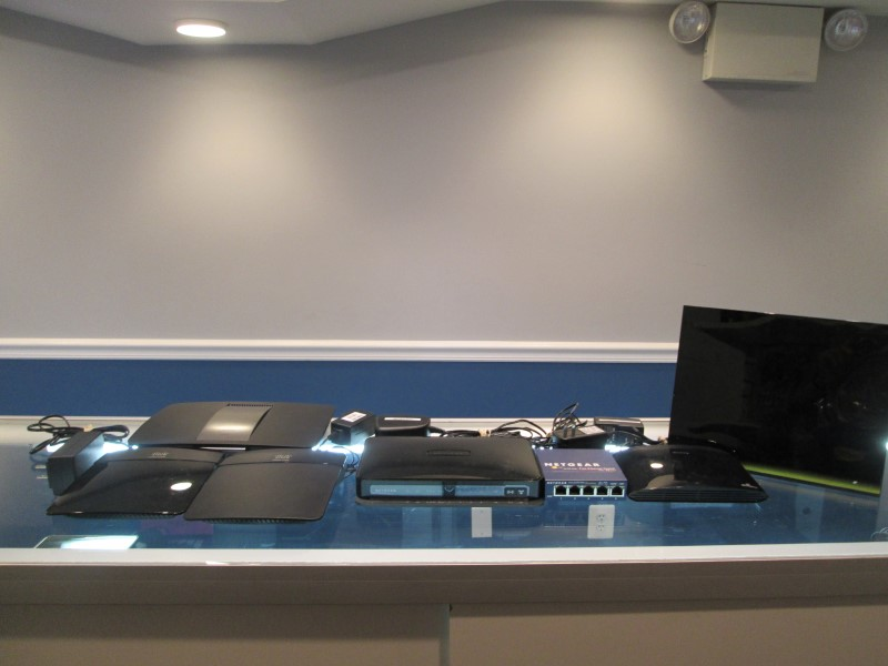 LOT of preowned wifi routers bundled