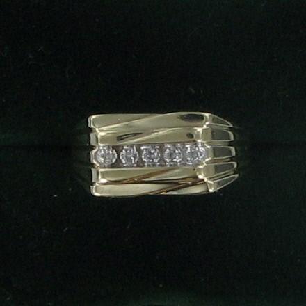 Gent's Diamond Fashion Ring 5 Diamonds .10 Carat T.W. 10K Yellow Gold 2.45dwt
