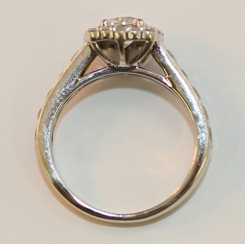 Vintage Inspired Round Brilliant Diamond Engagement Ring Size 6