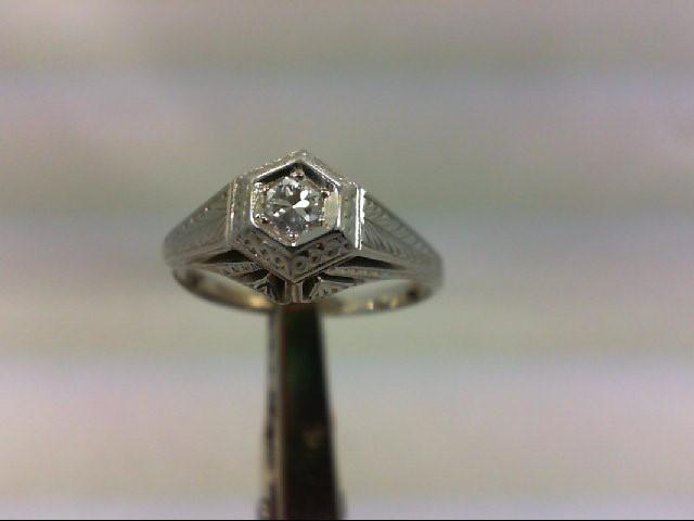 Lady's Diamond Engagement Ring .10 CT. 18K Yellow Gold 3.1g