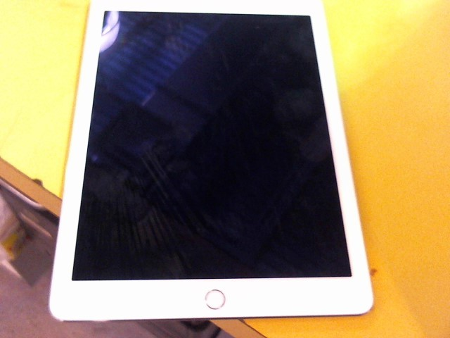 APPLE Tablet IPAD AIR 2 MH0W2LL/A