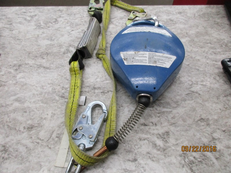FALLTECH 7232 SELF RETRACTING LIFELINE - STAINLESS STEEL CABLE, 30'