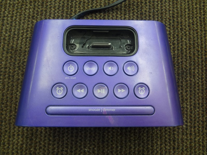 IHOME IPOD/MP3 Accessory IH22