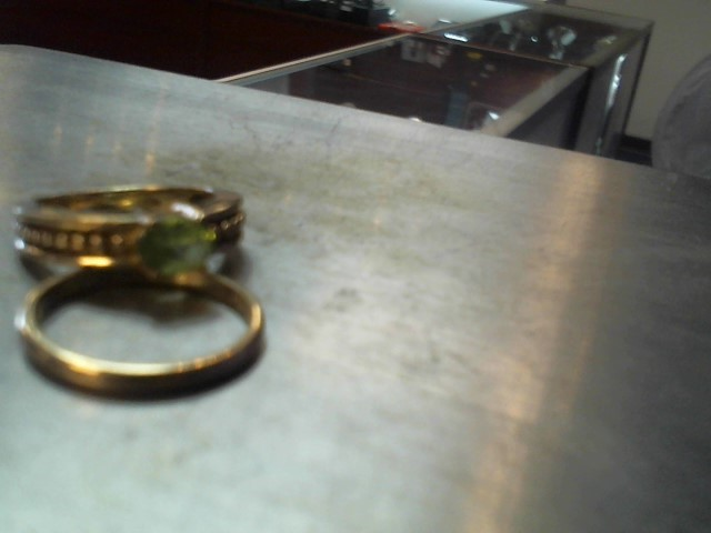 Synthetic Peridot Lady's Stone Ring 14K Yellow Gold 5.5g