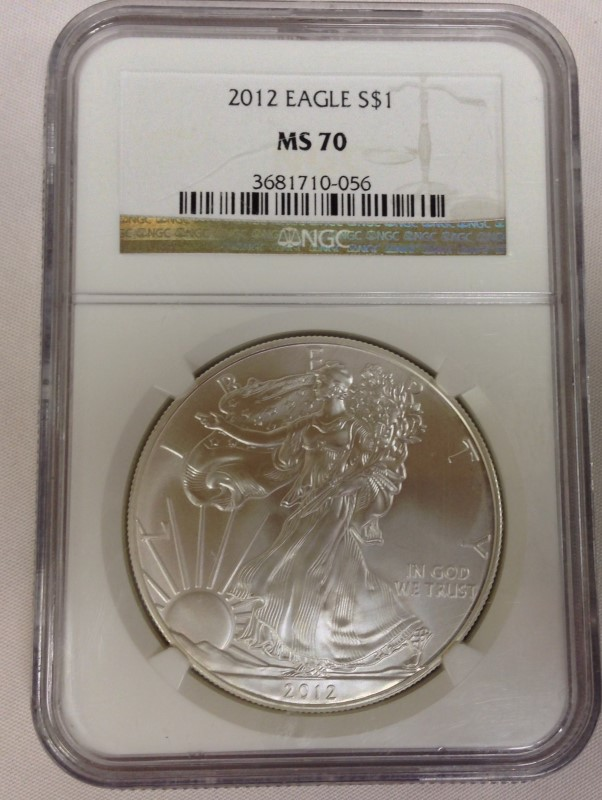UNITED STATES SILVER COIN 2012 SILVER EAGLE