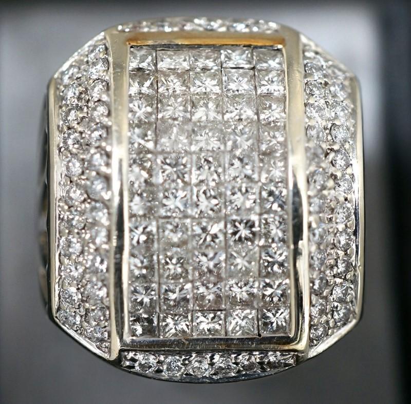 Gent's Diamond Fashion Ring 108 Diamonds 4.24 Carat T.W. 14K White Gold 13.9dwt
