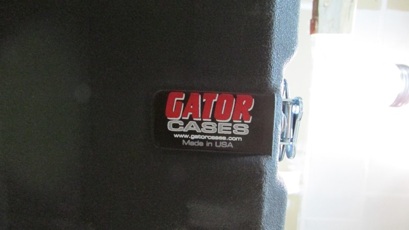 GATOR CASE pelicon style AS PICTURED