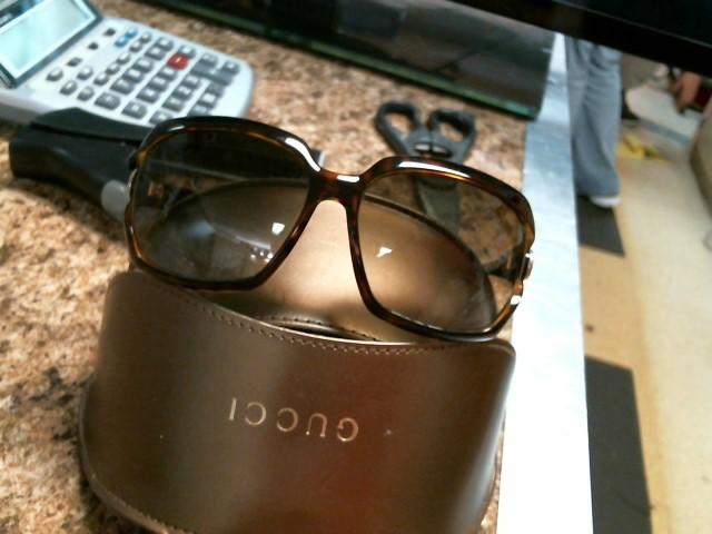 GUCCI Sunglasses CMFDB