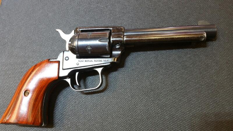 HERITAGE FIREARMS Revolver ROUGH RIDER