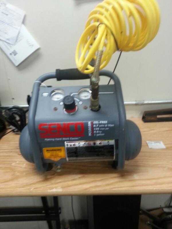SENCO Air Compressor PC1010N