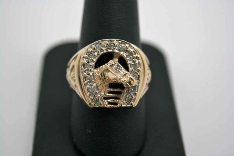 GENT'S HORSESHOE STYLE RING W/ DIAMOND'S 10K YELLOW GOLD