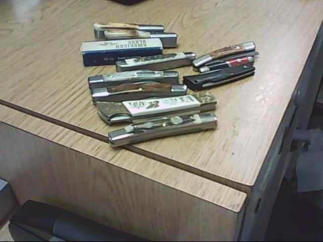 Pocket Knife KNIFE COLLECTION
