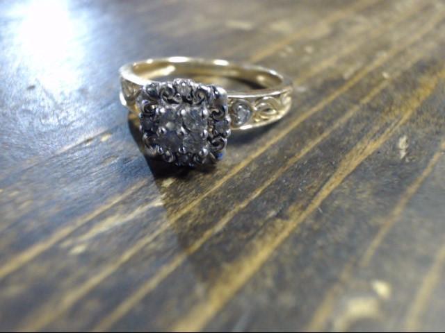 Lady's Diamond Cluster Ring 10 Diamonds .26 Carat T.W. 10K Yellow Gold 2.6g