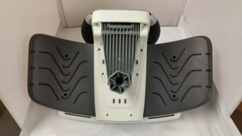 LOGITECH XBOX 360 STEERING WHEEL AND PEDALS