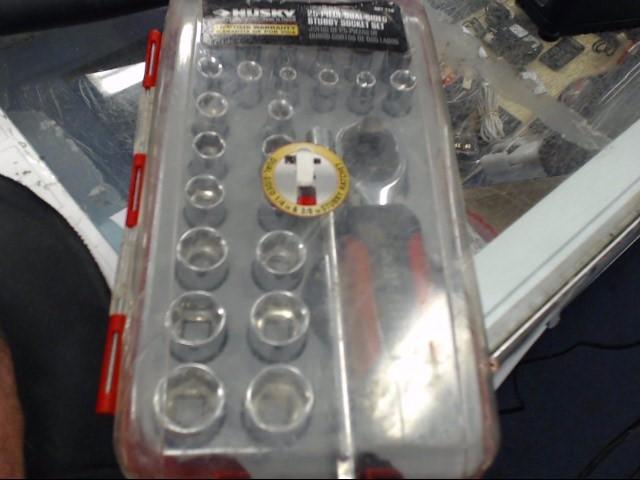 HUSKY TOOLS Sockets/Ratchet 607716