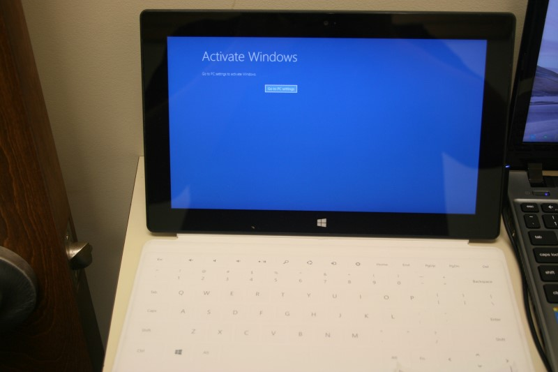 "Microsoft Surface Windows RT 10.6"" (READ NOTES)"