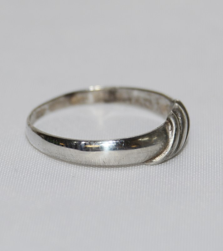 Sterling Silver 925 Triple Sash Ring Band Size:7