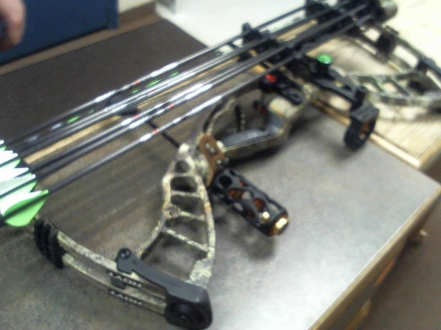 HOYT ARCHERY Bow POWERMAX