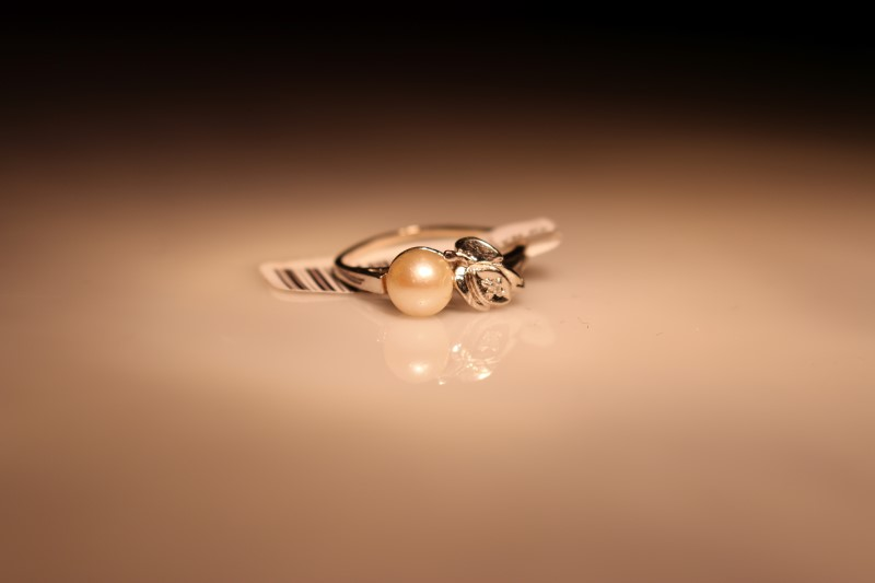 Synthetic Pearl Lady's Stone & Diamond Ring .01 CT. 10K White Gold 1.87g