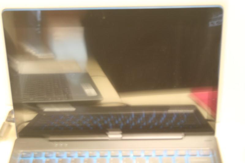 "Nextbook NXW116QC264 (Win 10/Intel Atom/1.33GHZ/2GBRAM/62GB HDD/11.6"""