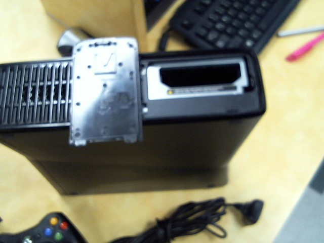 MICROSOFT XBOX 360S - 4GB - CONSOLE- parental locked** AS IS
