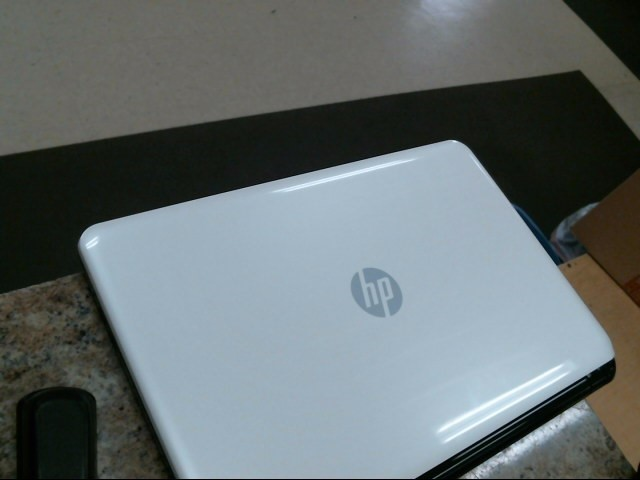 HEWLETT PACKARD Laptop/Netbook 15-G123DS