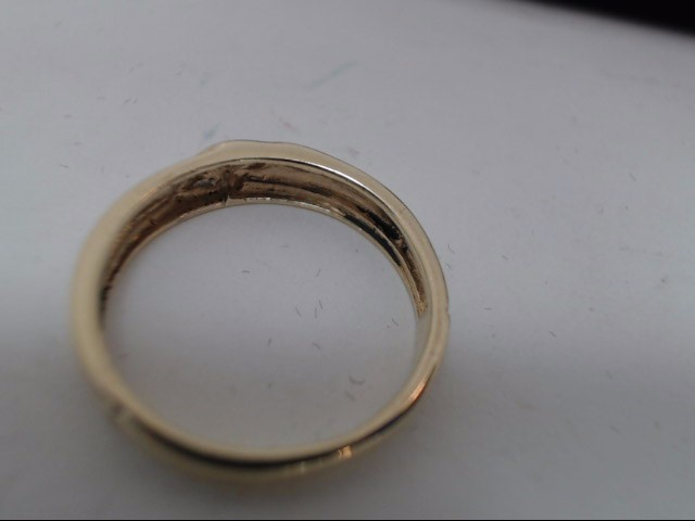 Lady's Gold Ring 10K Yellow Gold 2g