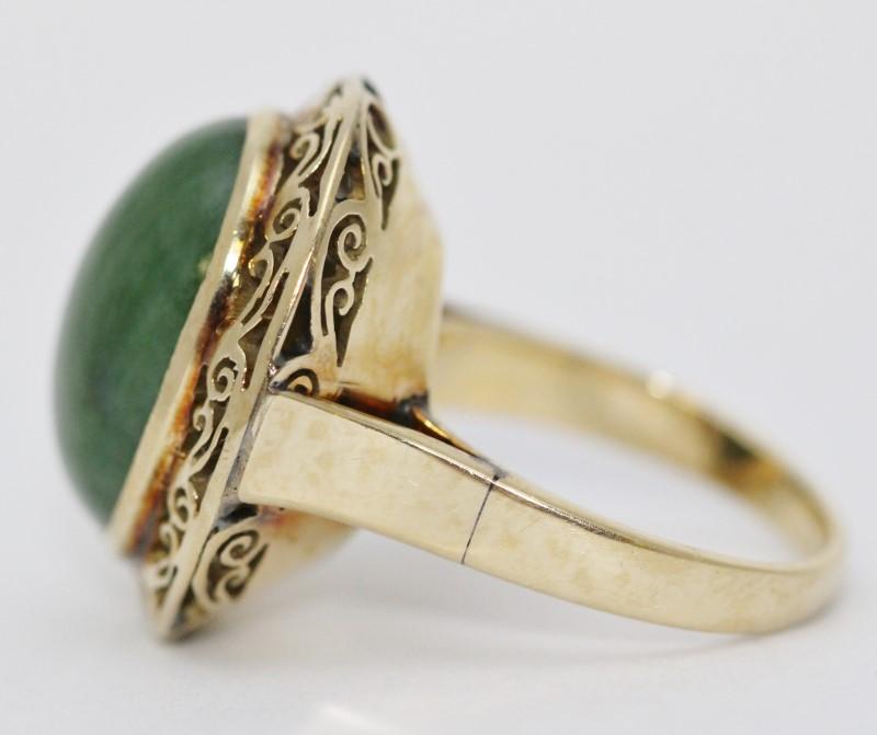 18k Yellow Gold Full Bezel Large Oval Jade Filigree Statement Ring sz 6