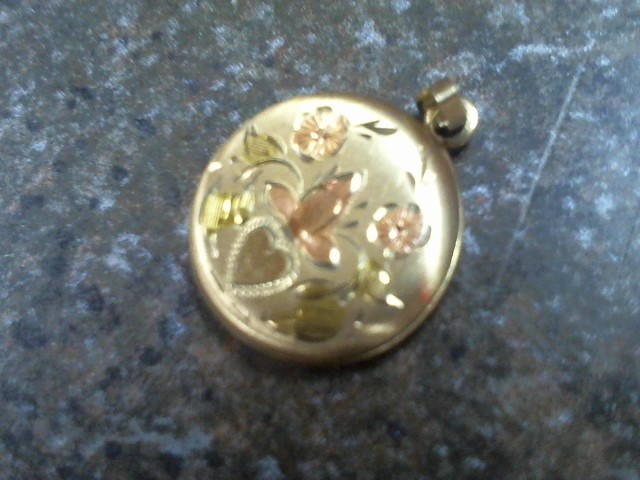 Gold Pendant 10K Yellow Gold 1.7g