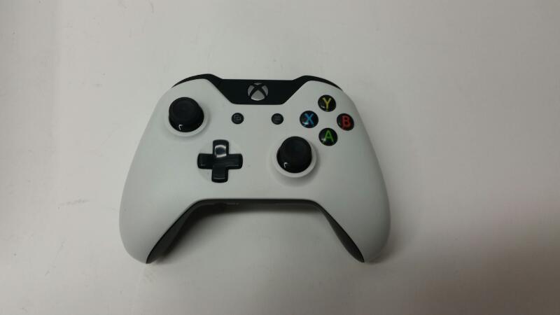 Microsoft Xbox One - 500 gb - Console