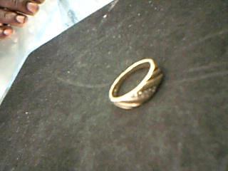 Gent's Diamond Fashion Ring 5 Diamonds .10 Carat T.W. 14K Yellow Gold 6.04g