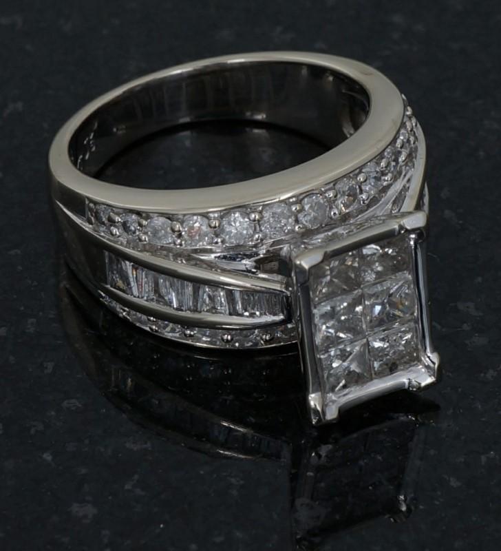 Lady's Diamond Engagement Ring 50 Diamonds 2.84 Carat T.W. 14K Yellow Gold