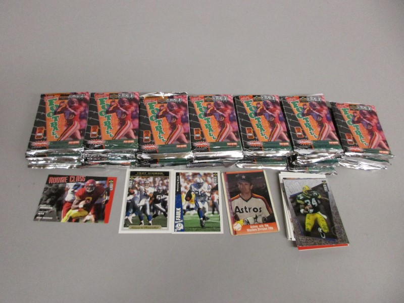 34 UPPER DECK 1996 NFL UNOPENED PACKS PLUS EXTRAS