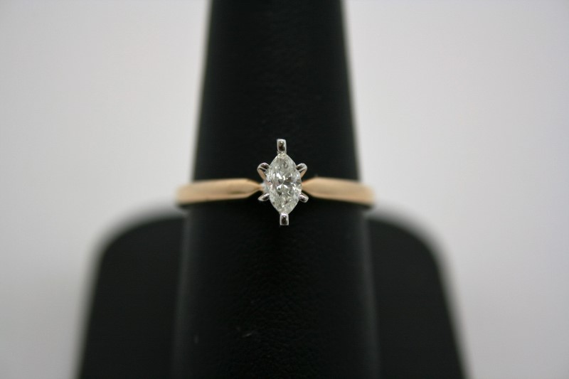 LADY'S MARQUISE CUT DIAMOND SOLITAIRE 14K YELLOW GOLD