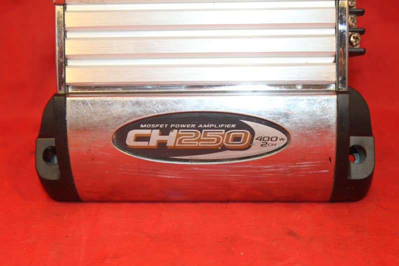BOSS AUDIO SYSTEMS CH-250 2-CHANNEL CAR AMP
