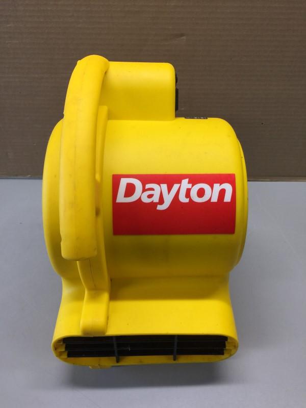 DAYTON 5UMP6 1.5 AMP AIR MOVER FLOOR FAN